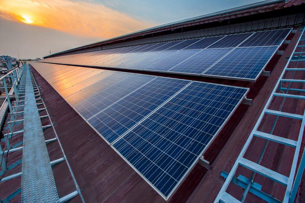 Digelec zonnepanelen instalatie-elektriciteitswerken